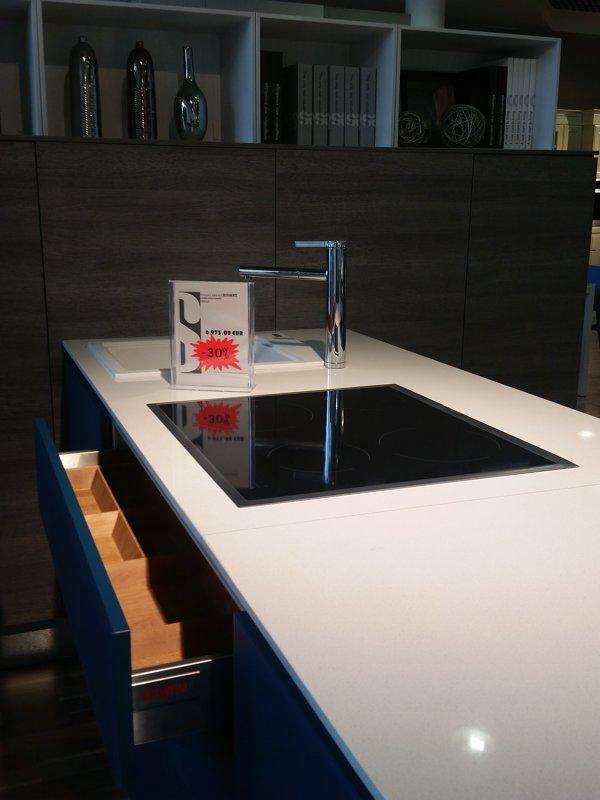 Virtuves iekārta LIBEREMENTE stikla